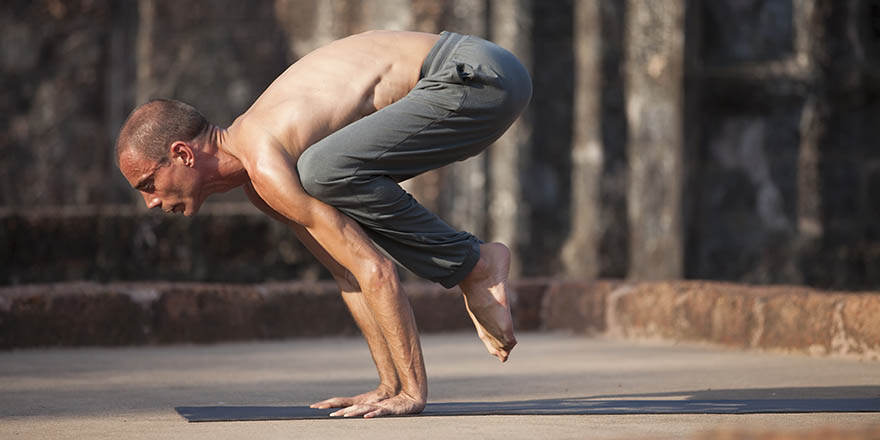 How to Sustain a Yoga Pose
